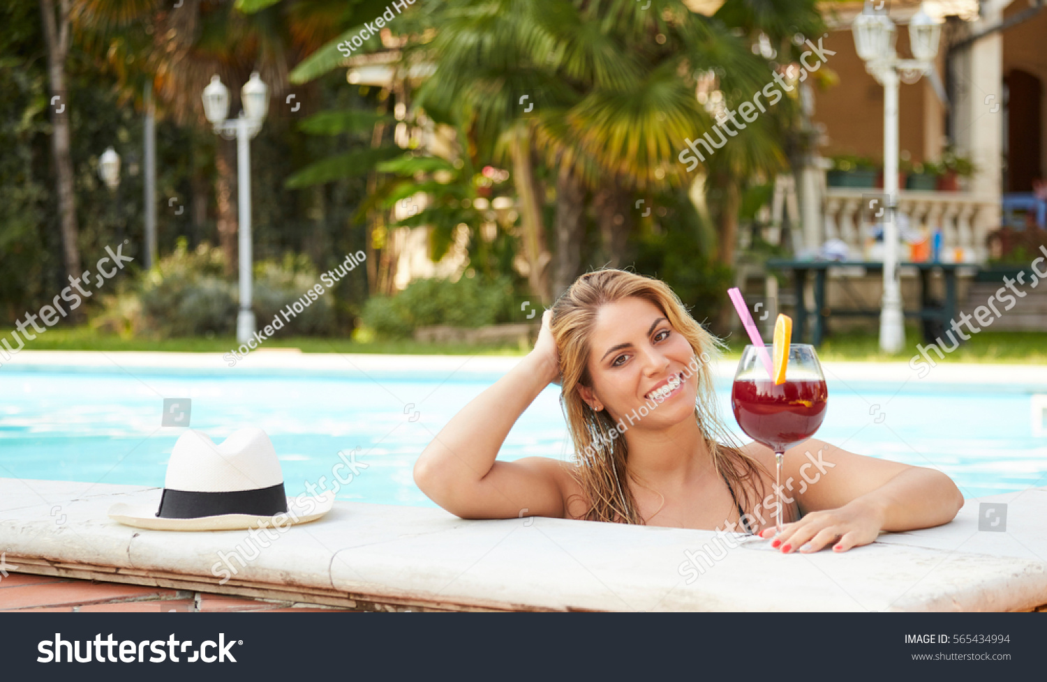 Woman Cocktail Glass Swimming Pool Stock Photo 565434994 Shutterstock