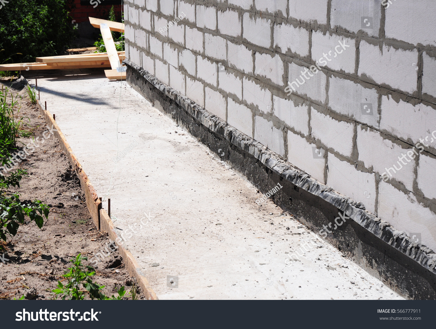 Foundation Damp Proofing Walls : Waterproofing insulation house foundation wall