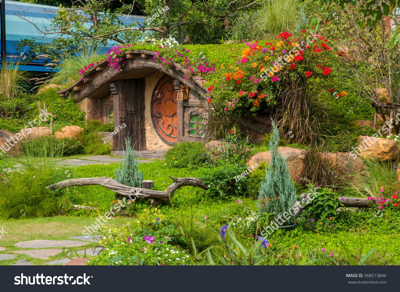 Beautiful garden flowers nice hut stock photo edit now 568513846 beautiful garden with flowers and nice hut izmirmasajfo