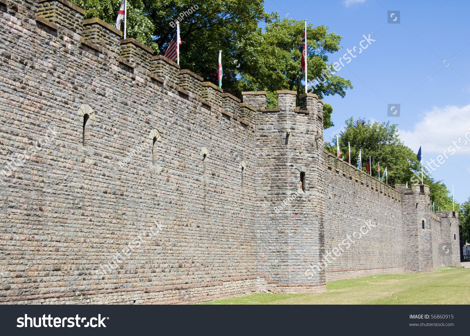 Curtain Wall Medieval Times : Cardiff castle ramparts part of the and curtain