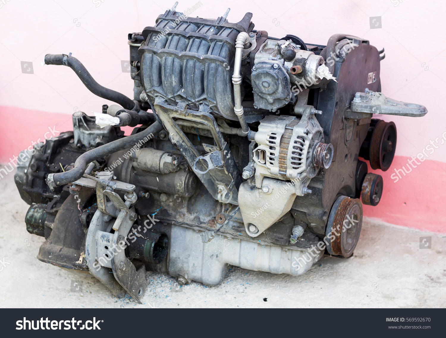 Old Car Engine Stock Photo (100% Legal Protection) 569592670 ...