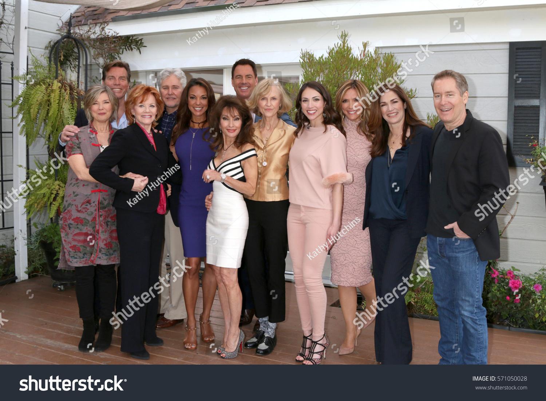 Los Angeles Jan 5 Cast Members Stock Photo Edit Now 571050028