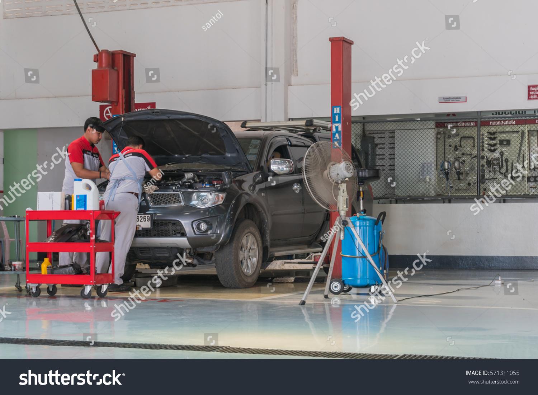 in december car mitsubishi stock photo station thailand motor mechanic sukhothai at repairing on service
