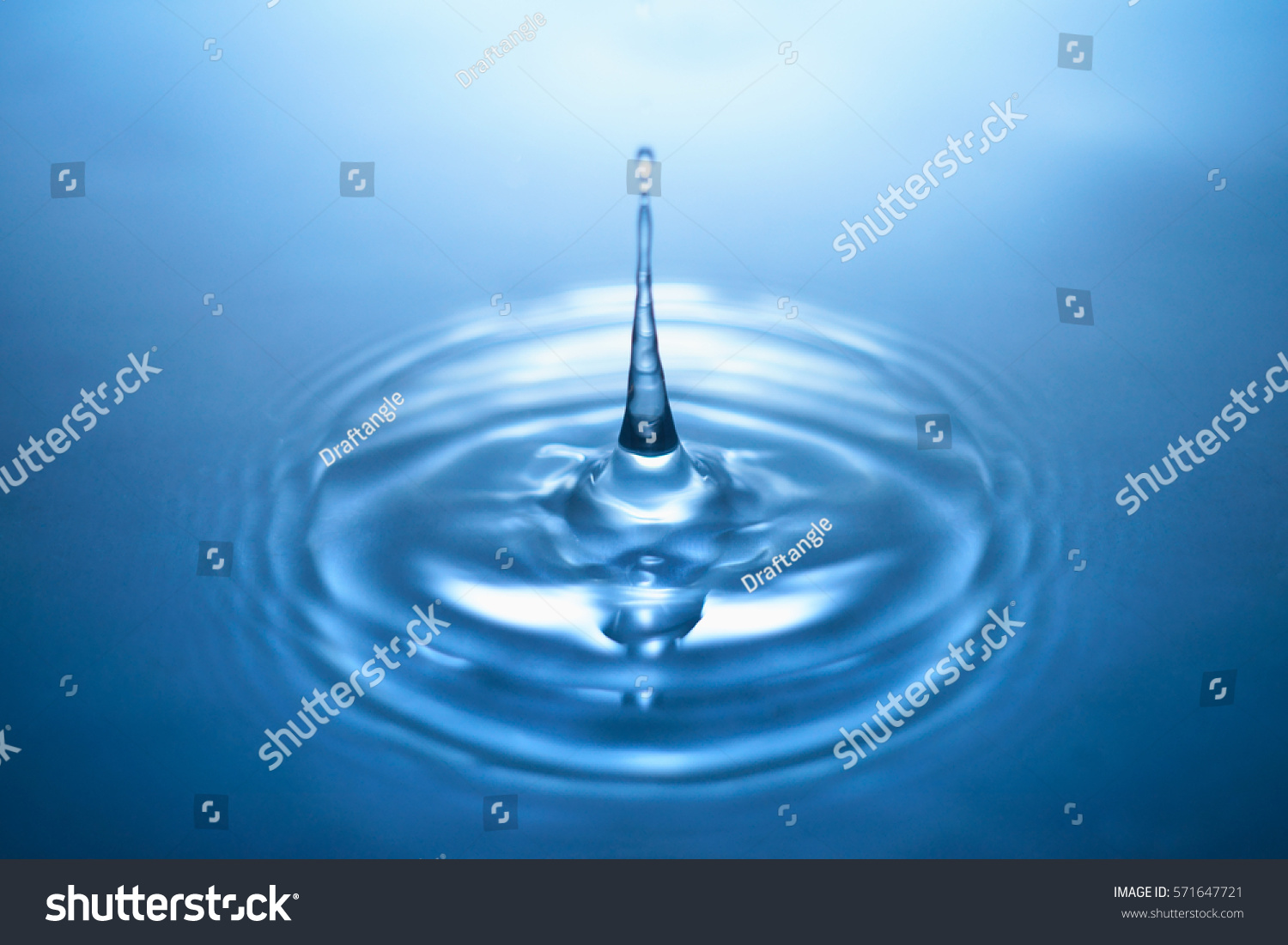 Water Drop And Splash To Target With Radial Motion Blur Fresh