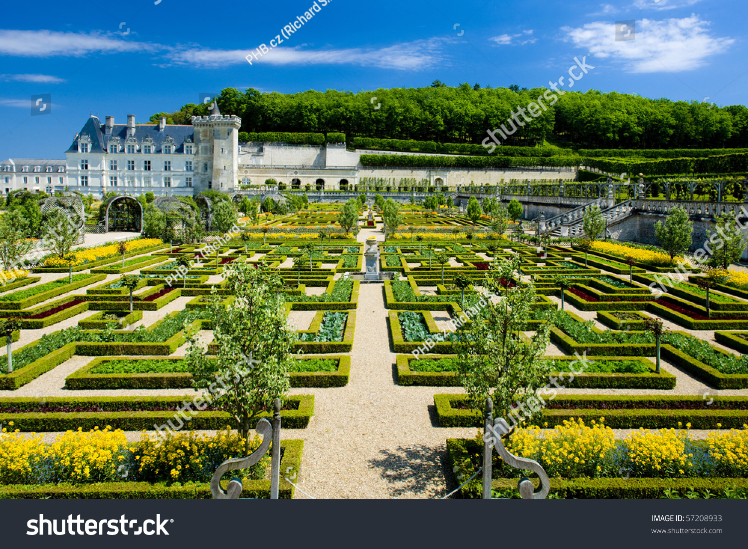 villandry castle with garden indre et loire centre france stock photo 57208933 shutterstock. Black Bedroom Furniture Sets. Home Design Ideas