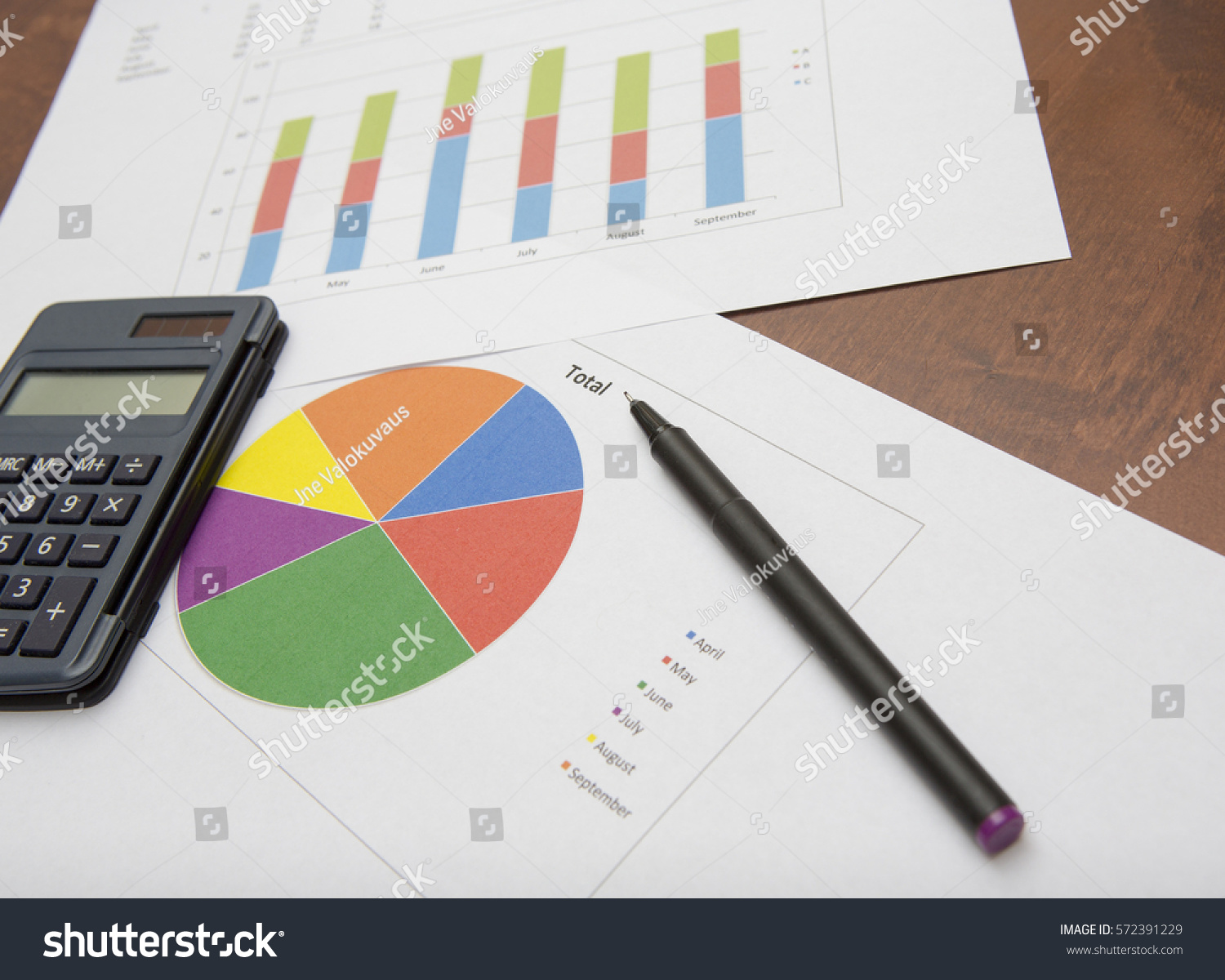Business concept image pie chart bar stock photo royalty free business concept image pie chart bar stock photo royalty free 572391229 shutterstock ccuart Image collections
