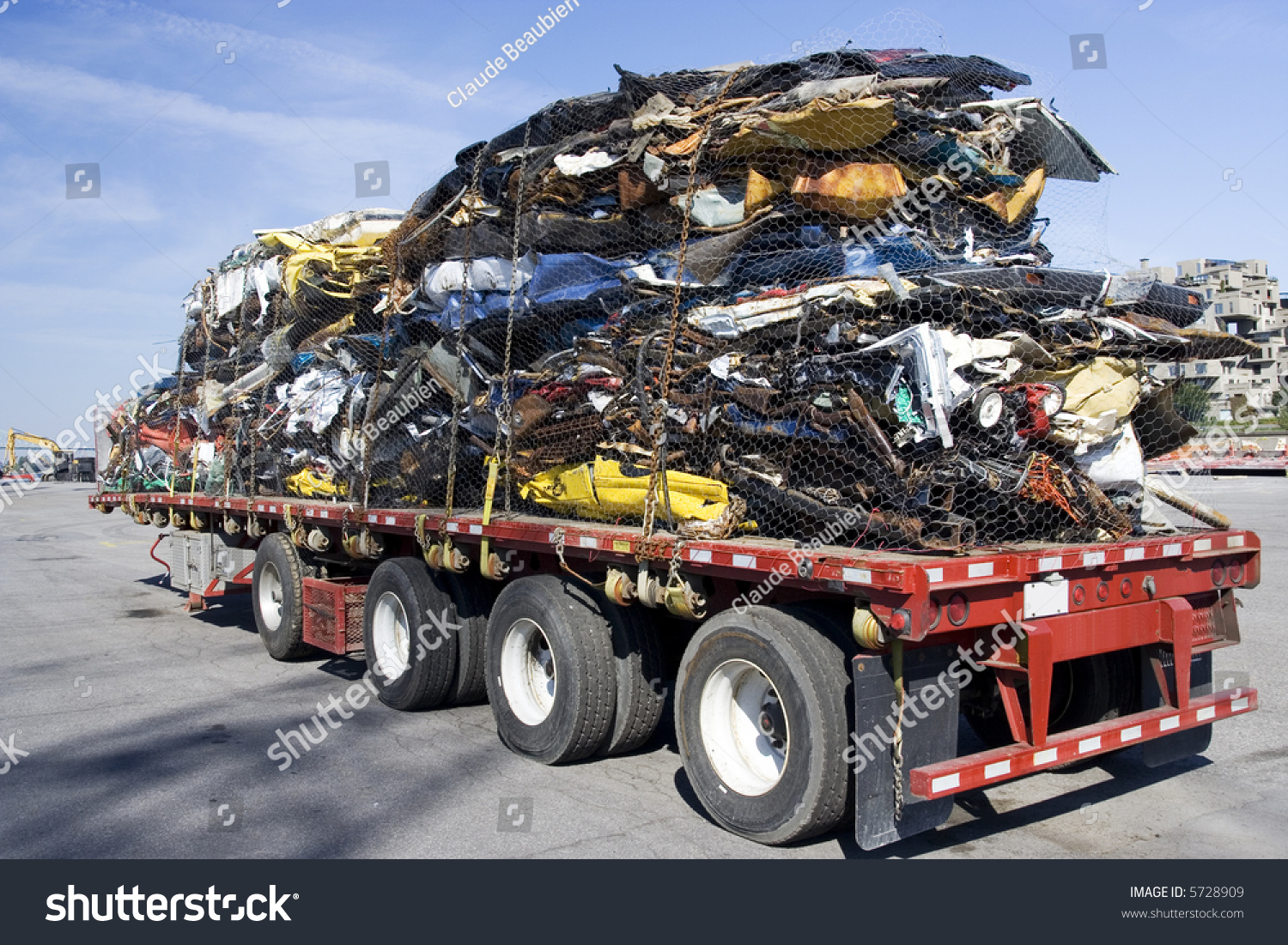 Truck Full Wrecked Cars Scrap Stock Photo (Royalty Free) 5728909 ...