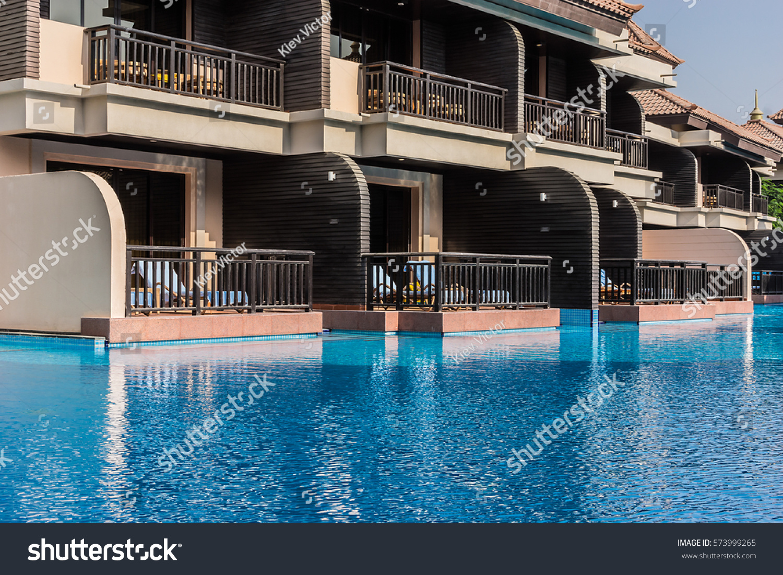dubai united arab emirates september 10 stock photo 573999265