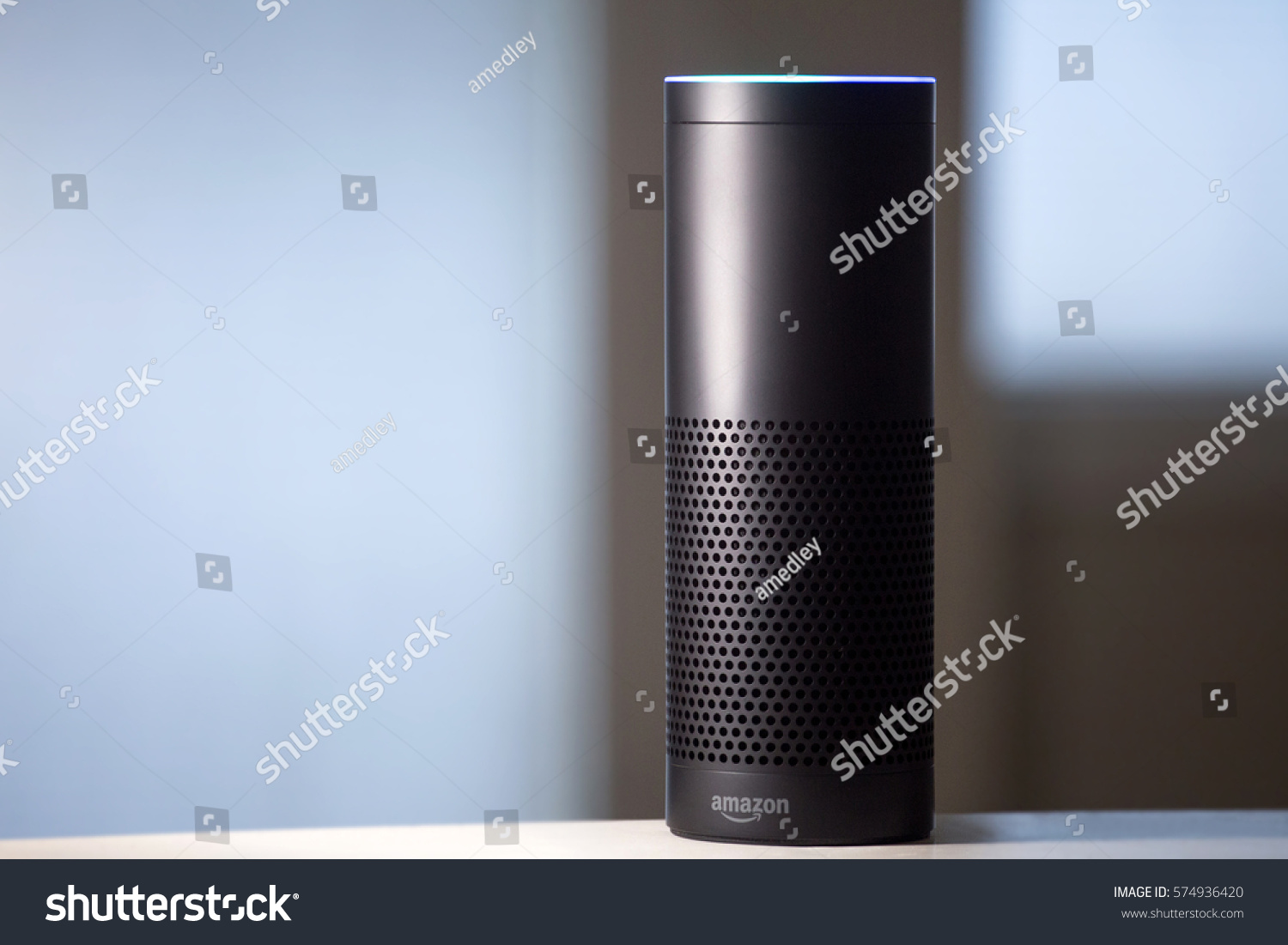 Amazon echo voice activated recognition system stock photo for Voice assistant italiano