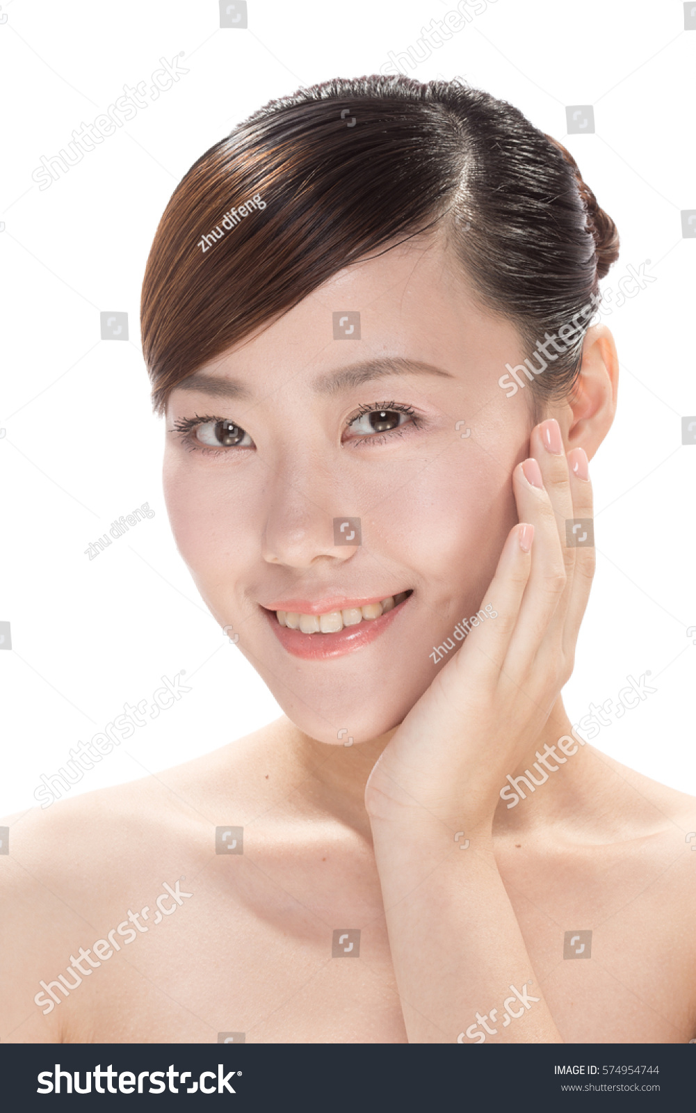 facial makeup of young asian beautiful woman on white background   EZ Canvas