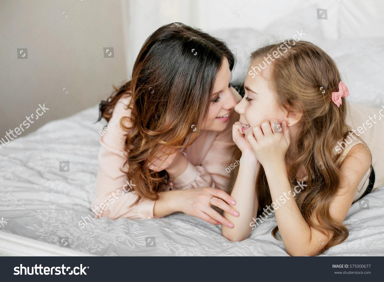 Watch free video of lesbian sex