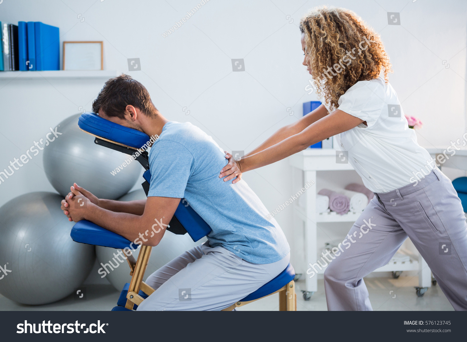 how to become a physiotherapist after 12th