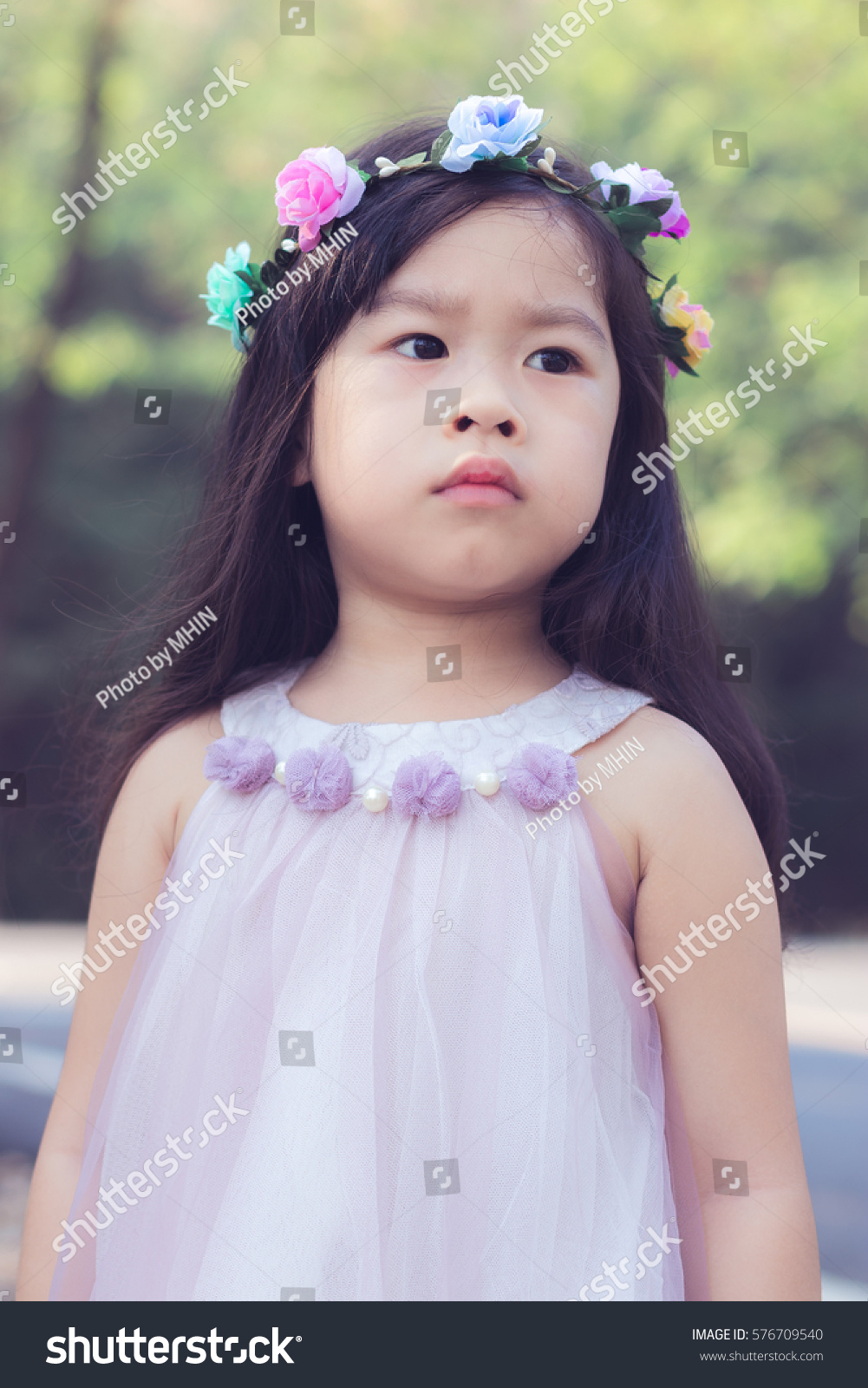 Asian Little Cute Girl Flower Crown Stock Photo Edit Now 576709540