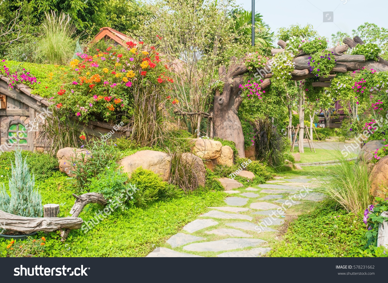 Beautiful garden flowers nice hut stock photo edit now 578231662 beautiful garden with flowers and nice hut izmirmasajfo