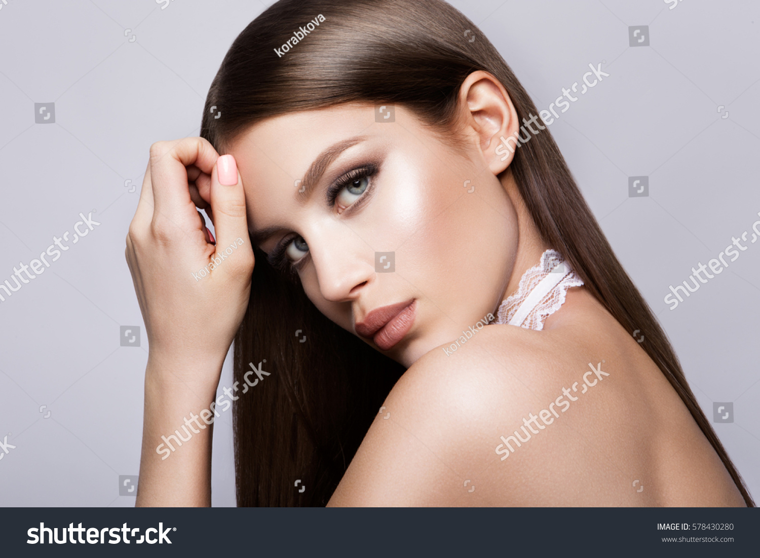 Beauty Model Woman Long Brown Hair Stock Photo 578430280 ...