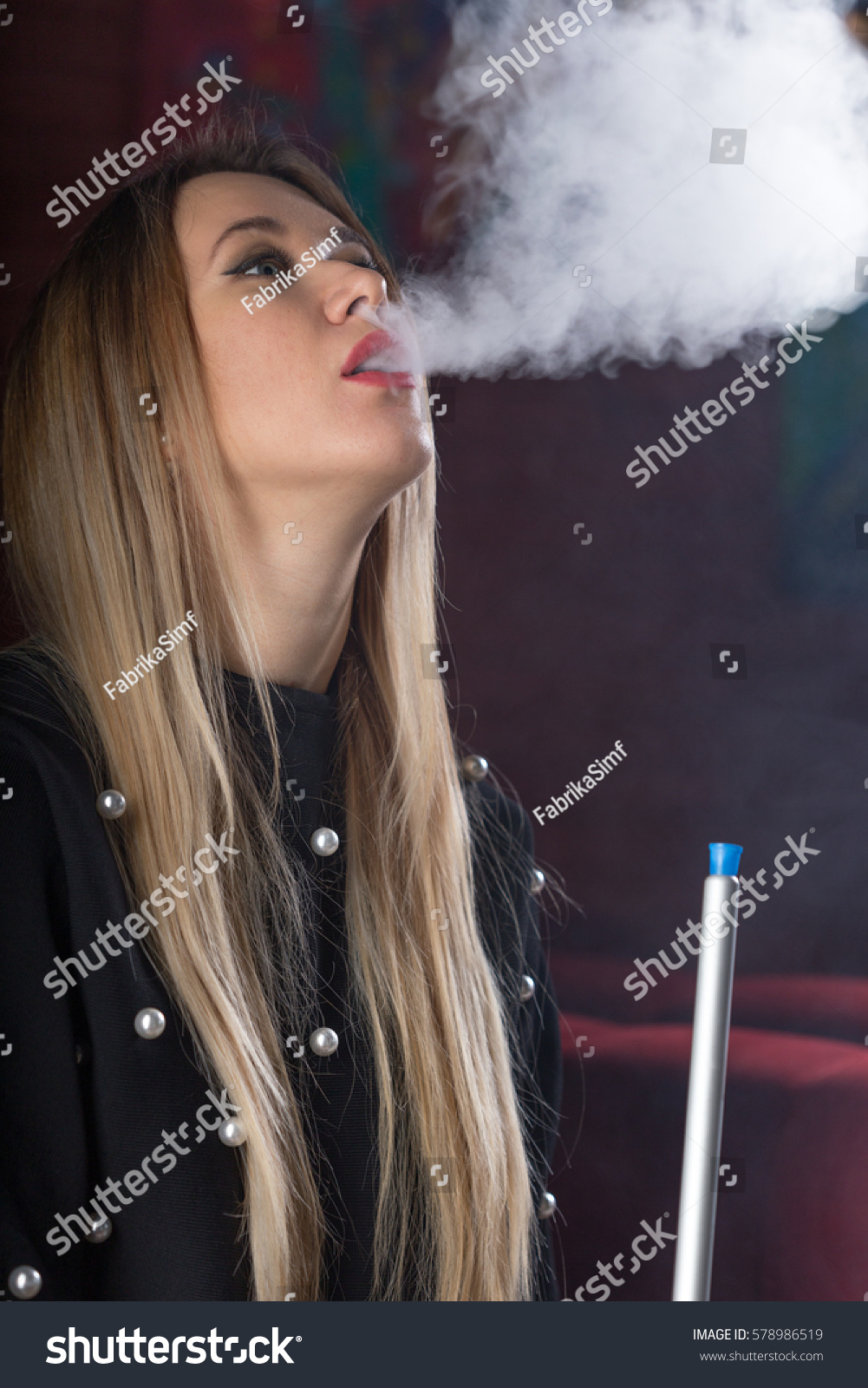 hokah single girls Hookah smoking can be just as dangerous as cigarette smoking, if not more so  learn the differences between the two and the risks hookah  it has been  estimated that a single hookah session can cause  smoking girl.