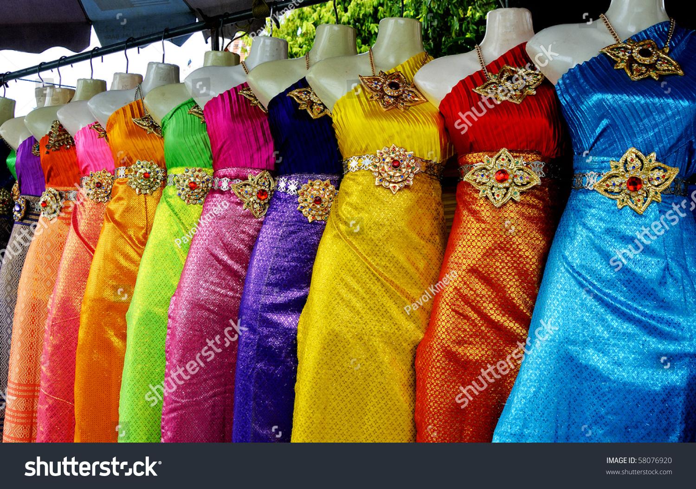 Where to buy thai traditional dress in bangkok