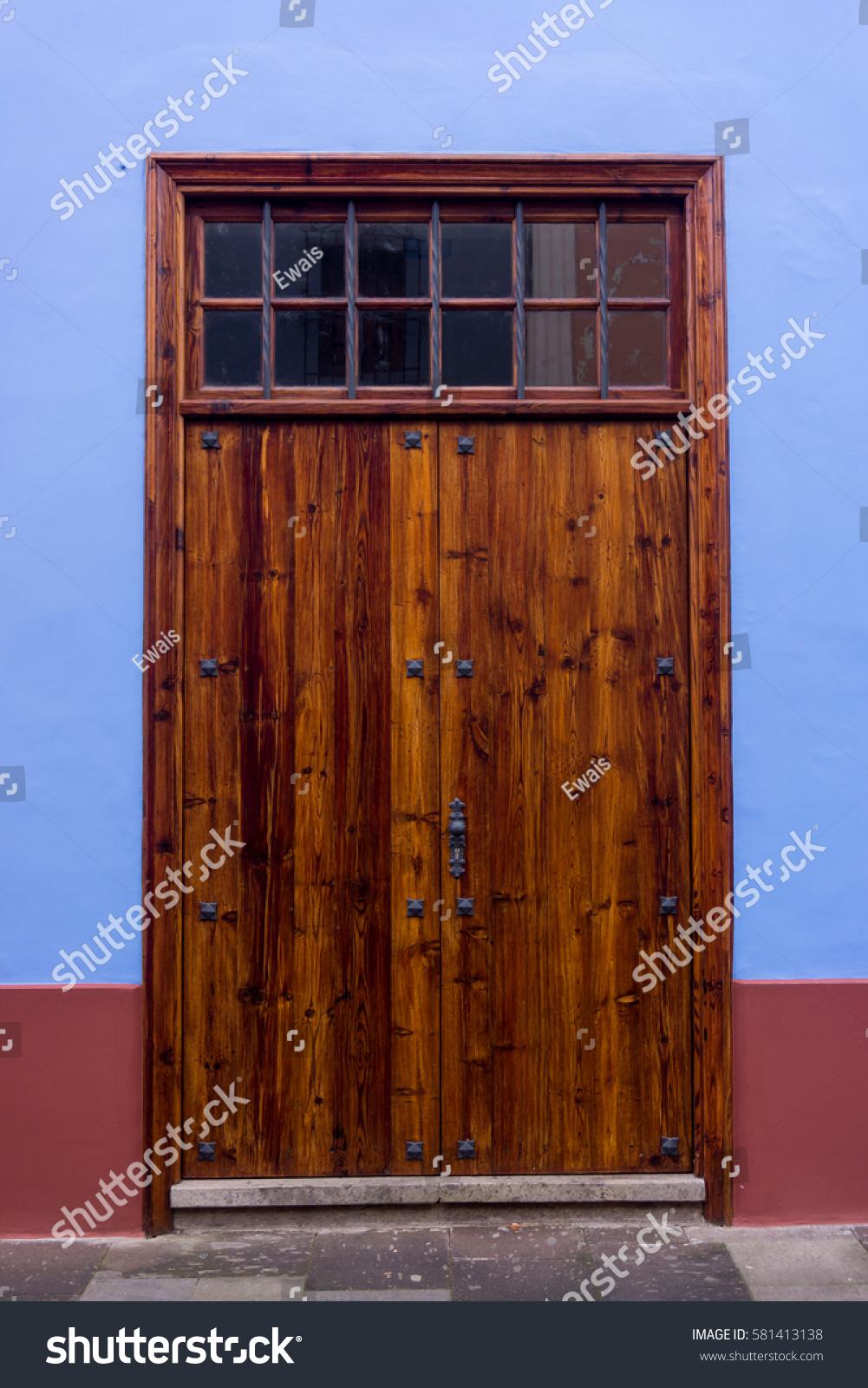 Wood Door Antique Wooden Door Stock Photo 581413138 - Shutterstock