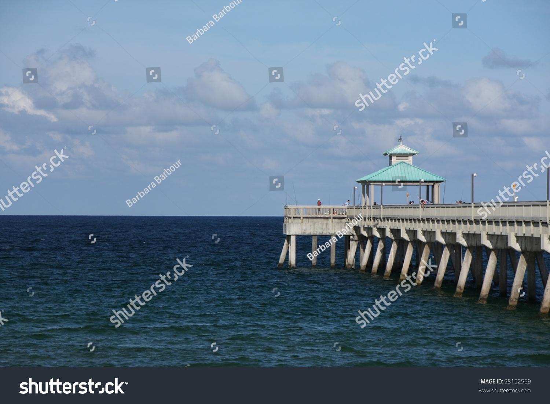 Fishing pier deerfield beach florida stock photo 58152559 for Deerfield beach fishing pier