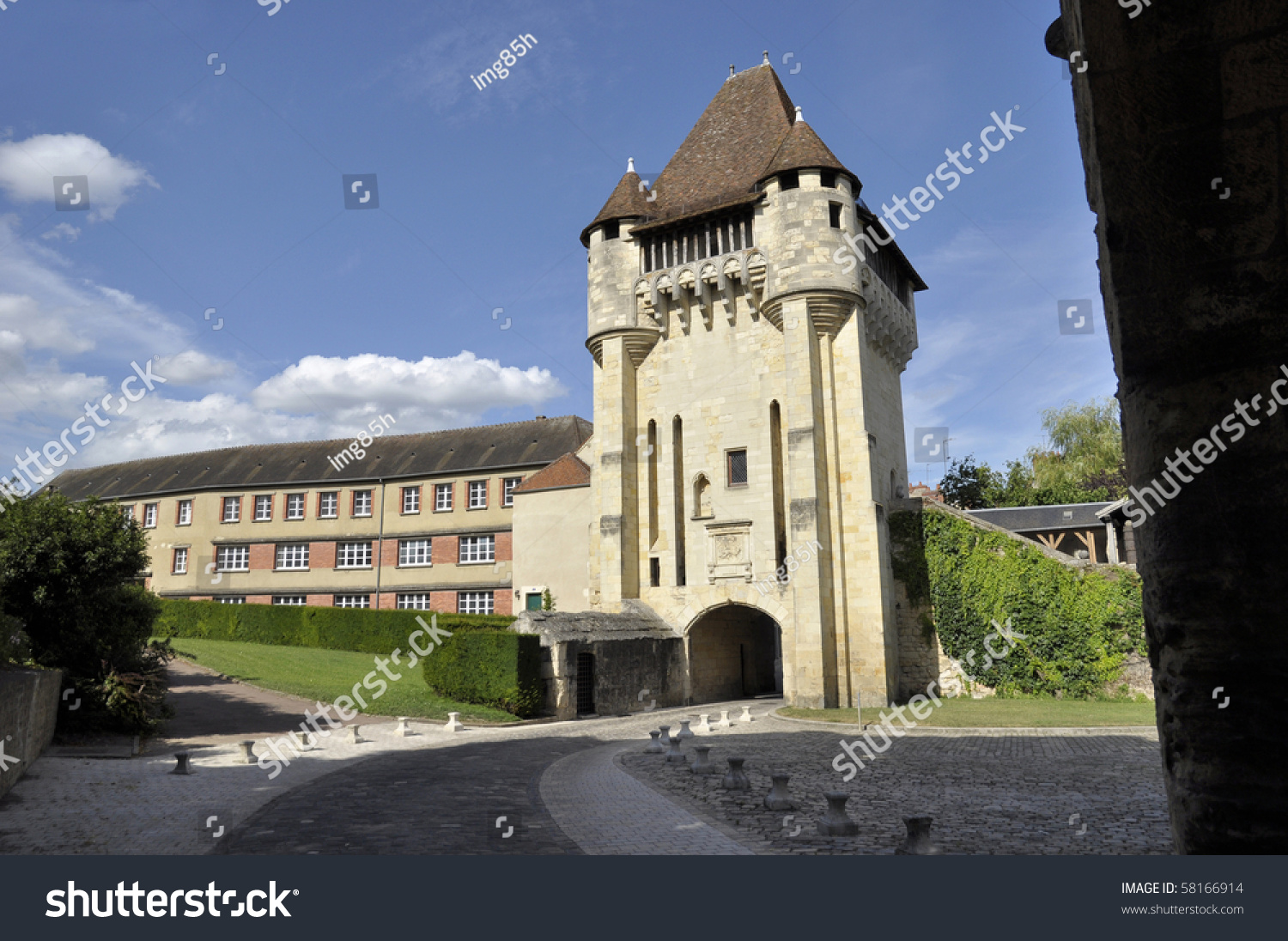 Porte du croux at nevers bourgogne france stock photo for Porte 60 hotel dieu sherbrooke