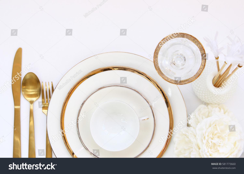 Chic Elegant White Gold Table Setting Stock Photo (Edit Now ...