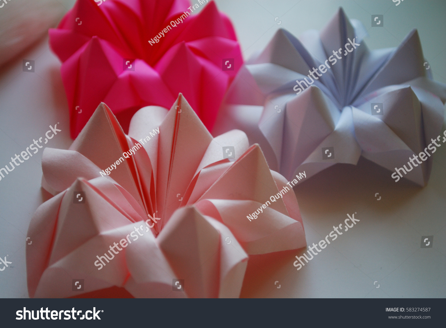 How to make an origami poinsettia flower: page 2 | 1104x1500