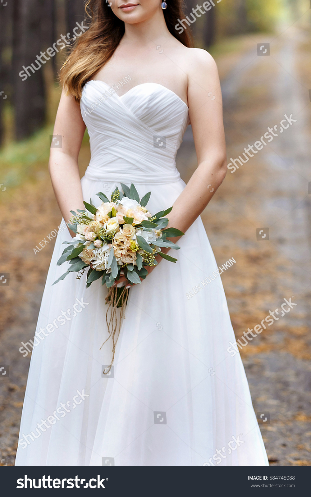HER bride road Löcher hast