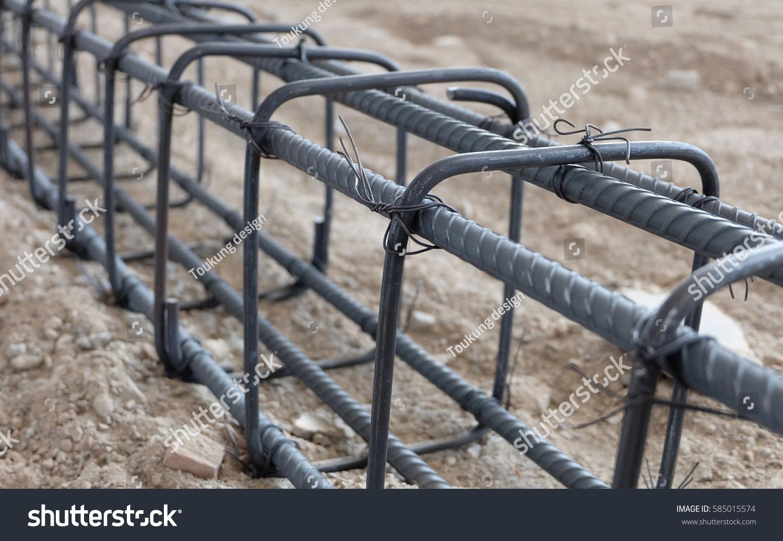 Wire Rebar Tie Wire Stock Photo (Edit Now) 585015574 - Shutterstock