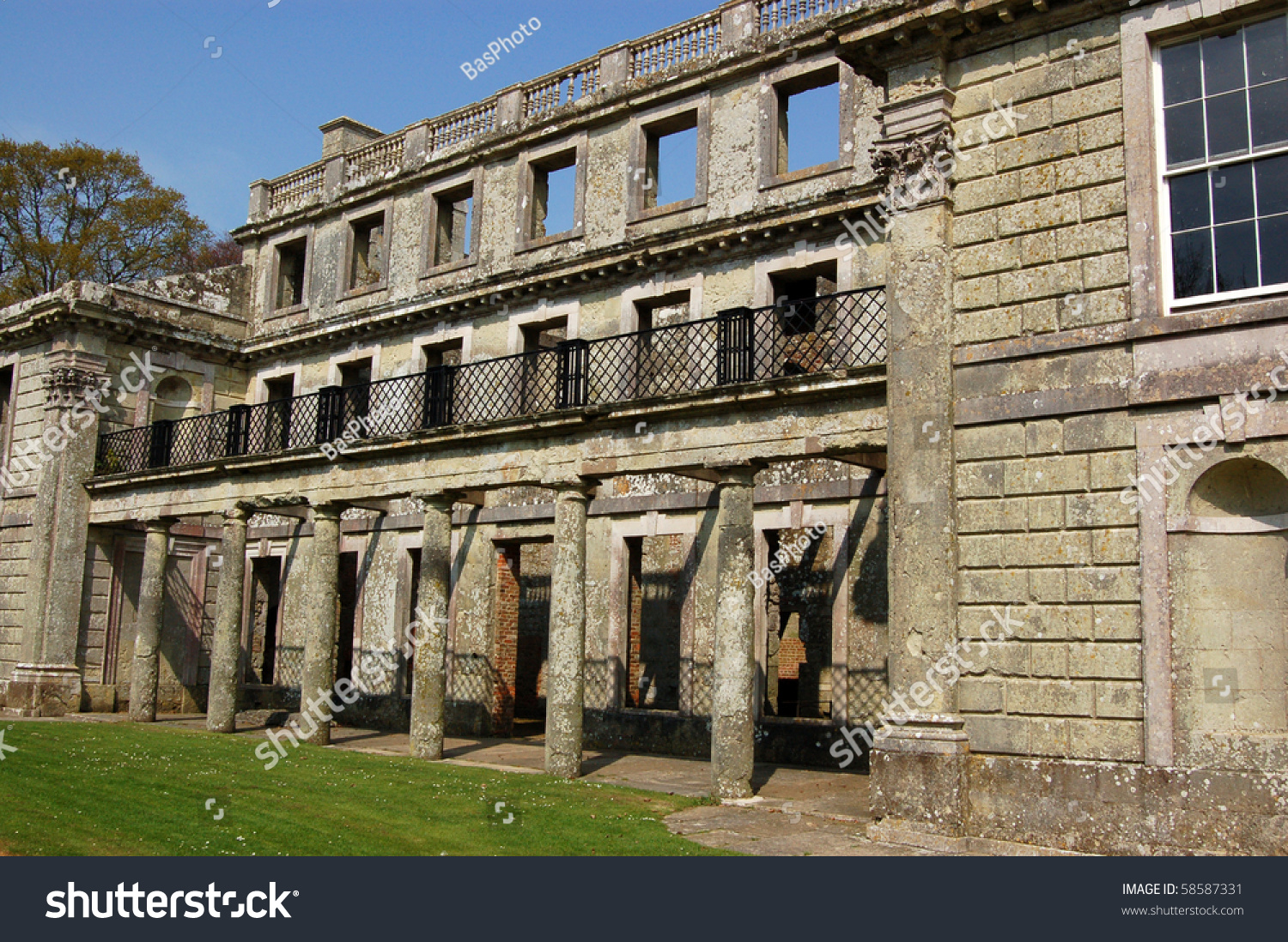 Appuldurcombe house ruins shell appuldurcombe once stock for English baroque architecture