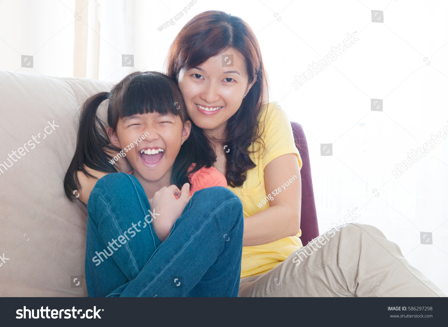 Mom Daughter Lesbian Piss