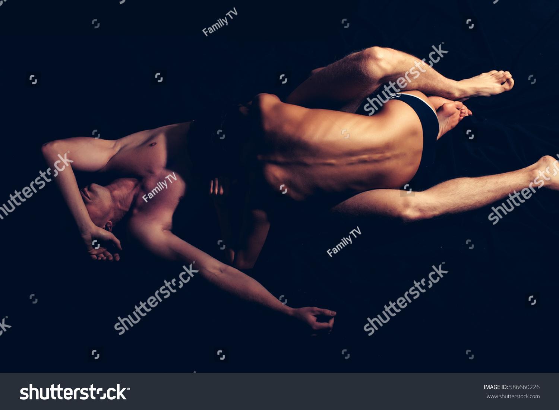 muscular undressing
