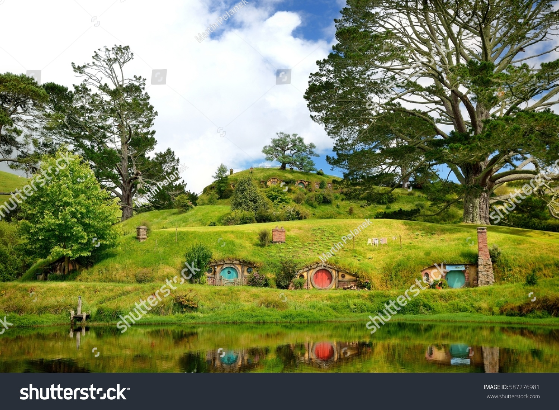 hobbiton landscape new zealand stock photo 587276981 shutterstock. Black Bedroom Furniture Sets. Home Design Ideas