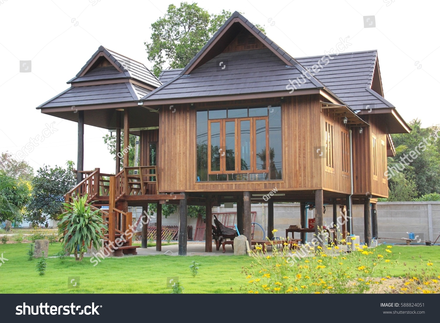 Thailand wooden house design