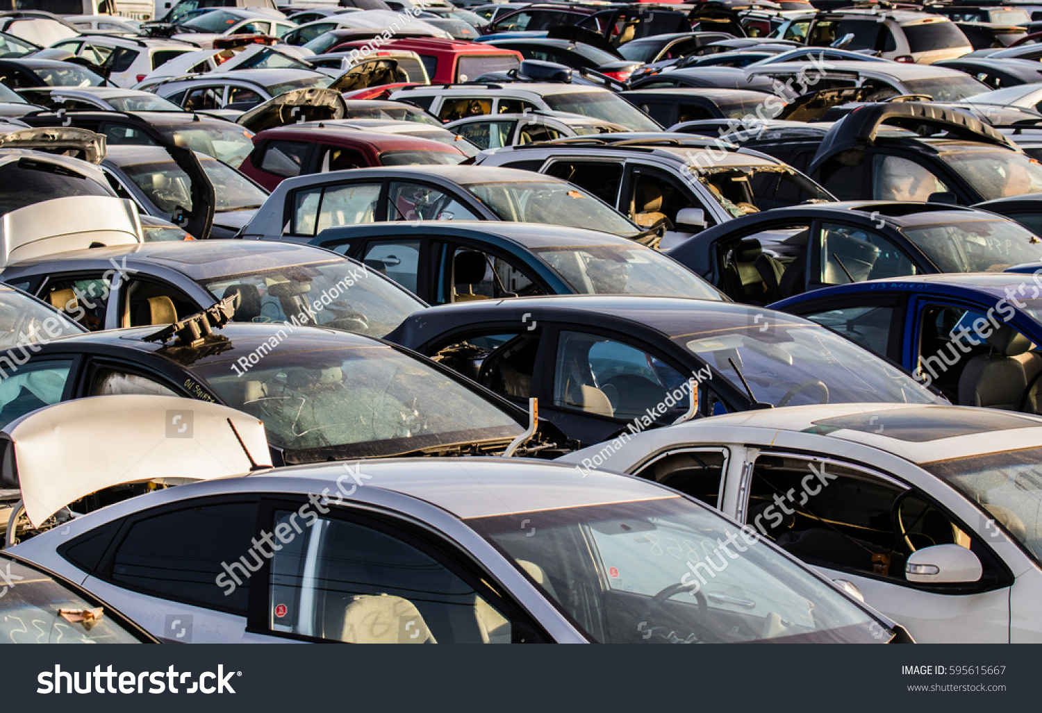 Recycling Oldused Wrecked Cars Dismantling Parts Stock Photo (100 ...