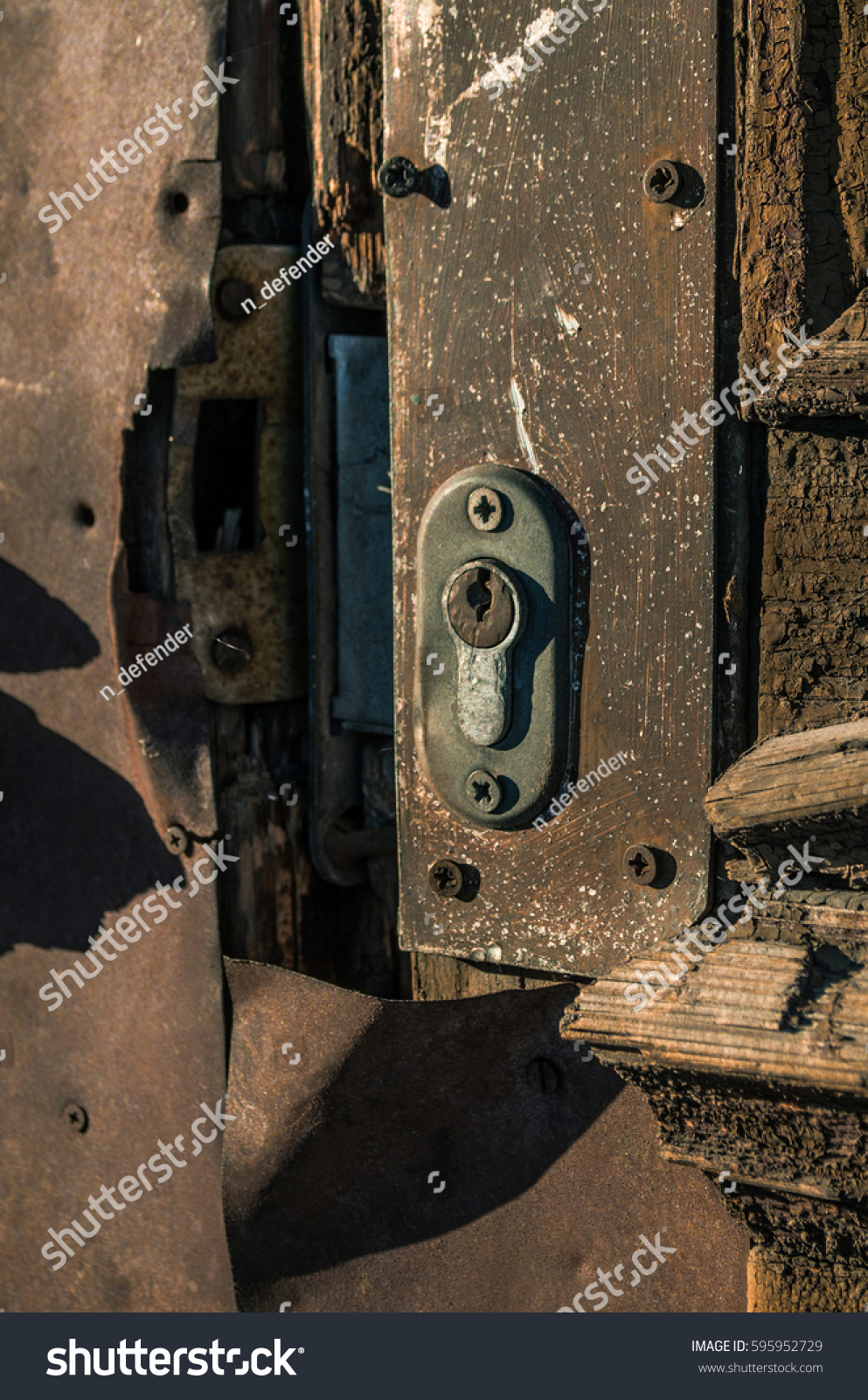 Old Door Keyhole. Door Lock. & Egyptian Keyhole Doorway u0026 Advertisements pezcame.com