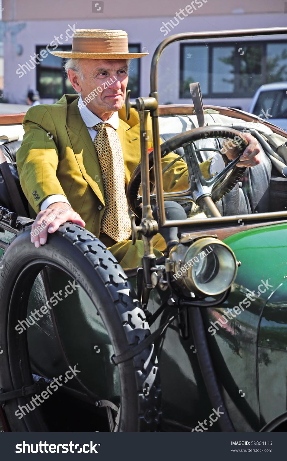 Ceva Cn August 21 Vintage Car Stock Photo 59804116 - Shutterstock