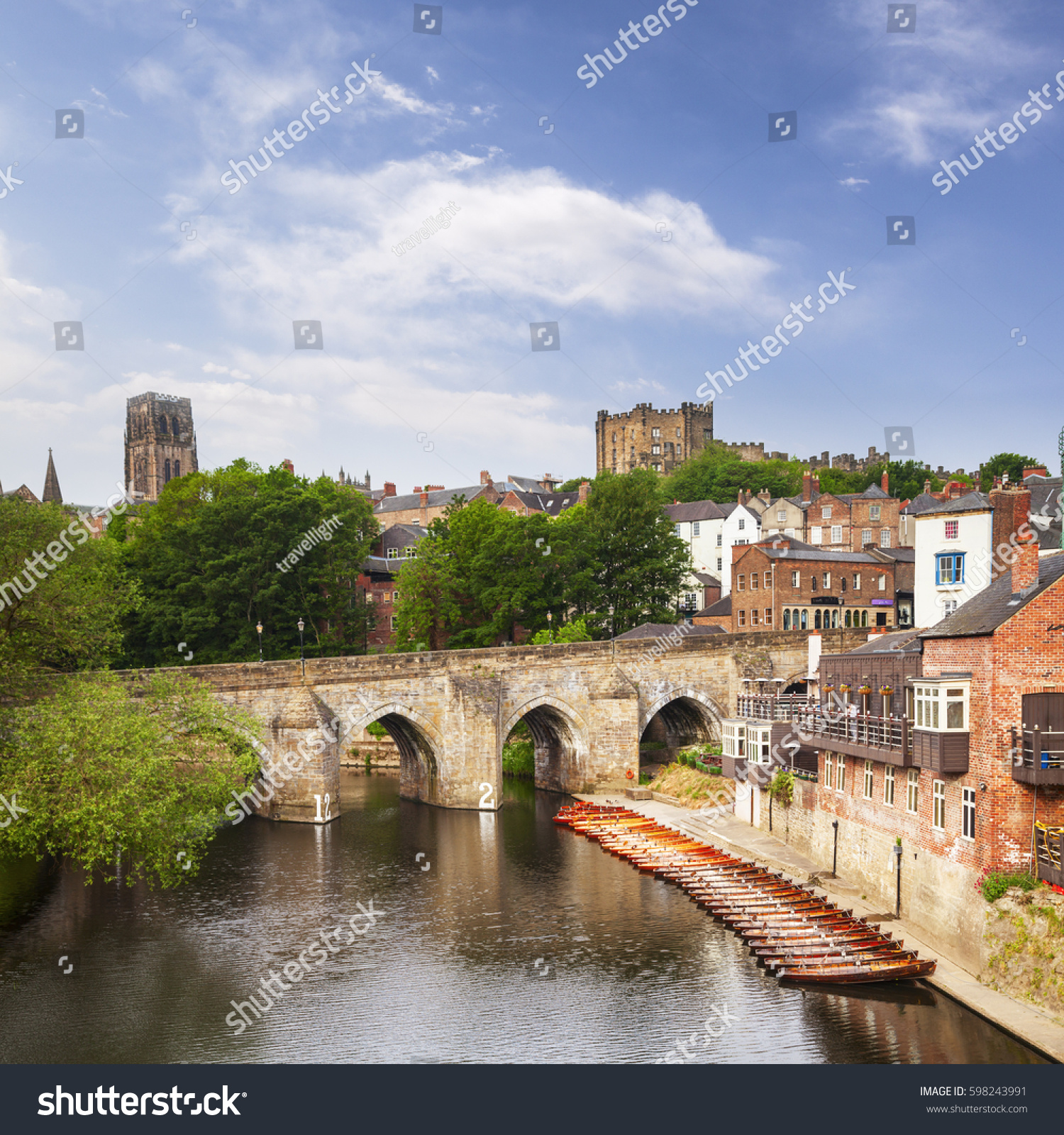 Elvet Bridge River Wear Durham City Stock Photo Edit Now 598243991