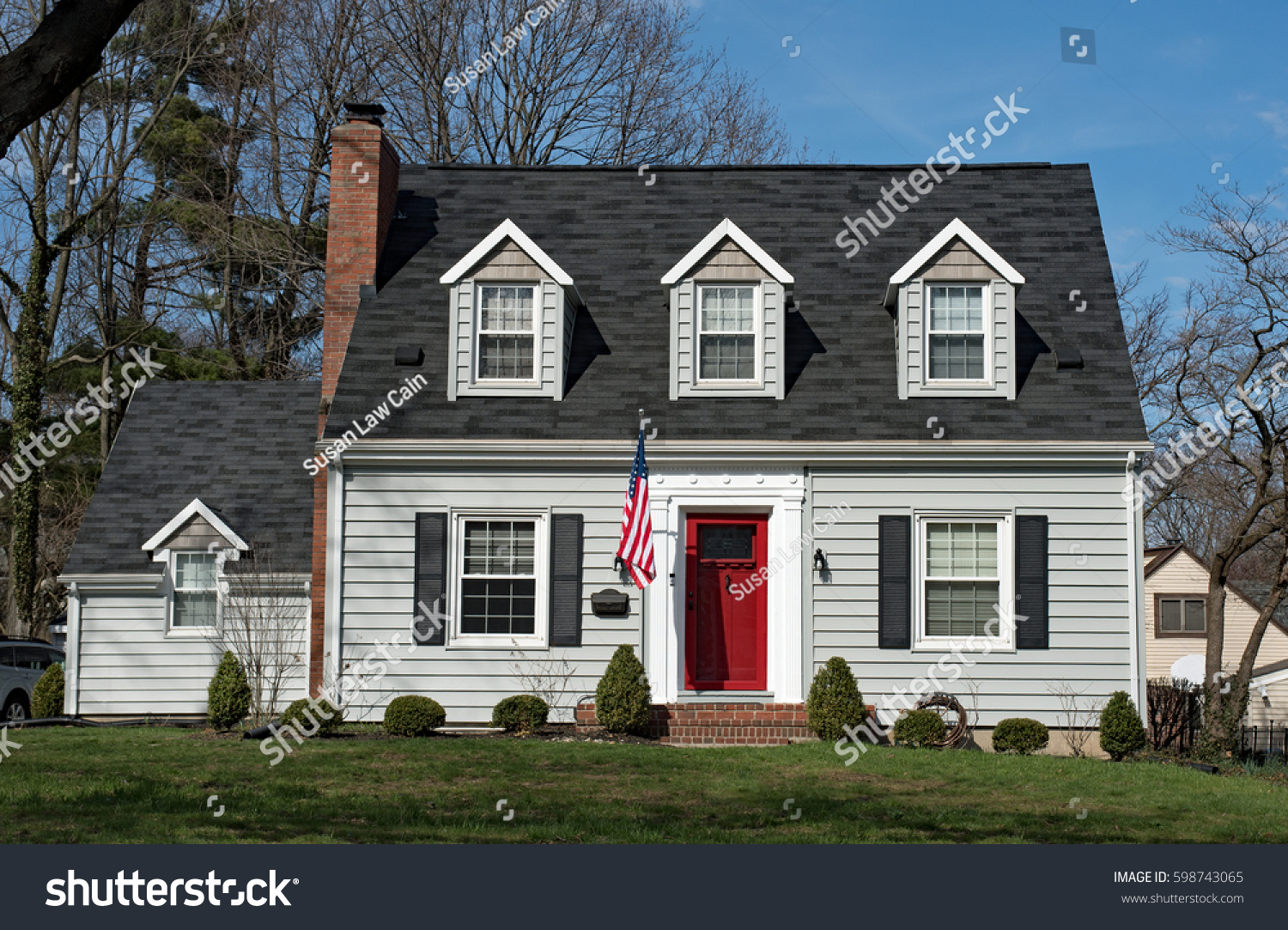 Charming Cape Dormers #4: Cape Cod House With Three Dormers U0026 Red Door