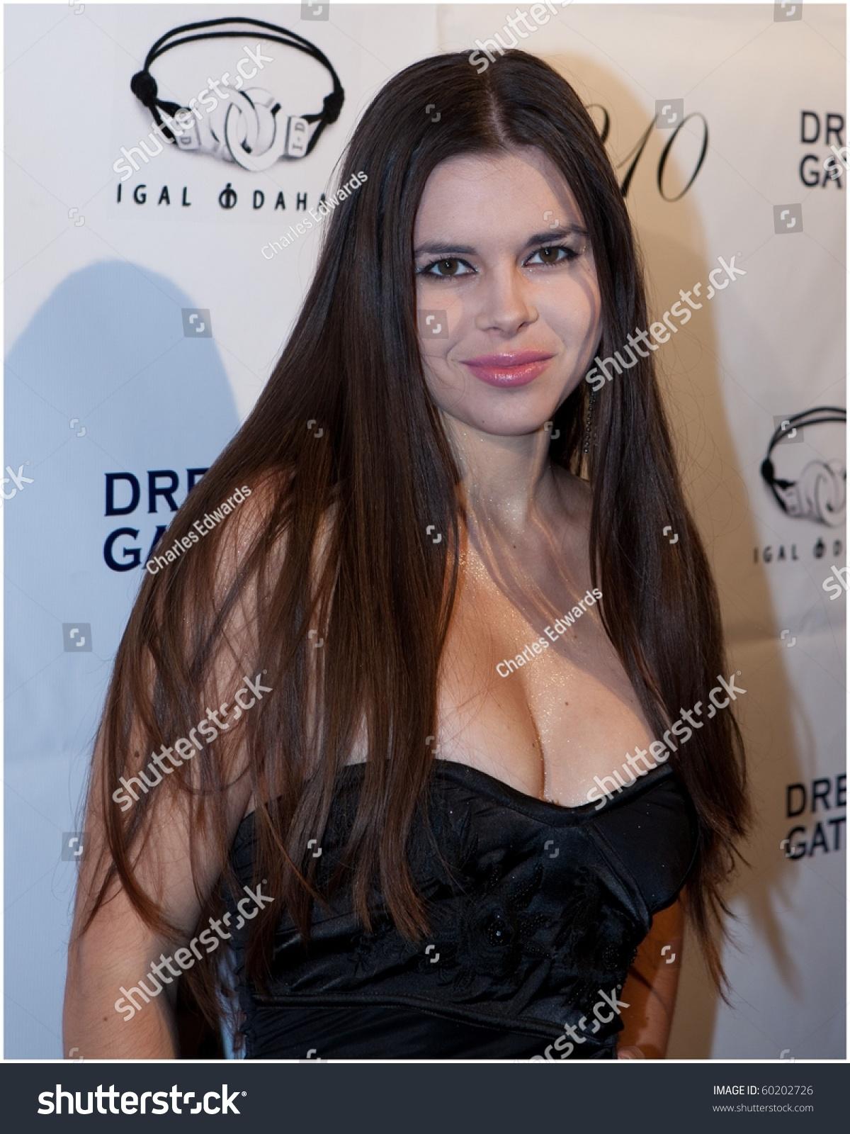 Kristina Coolish Nude Photos 26