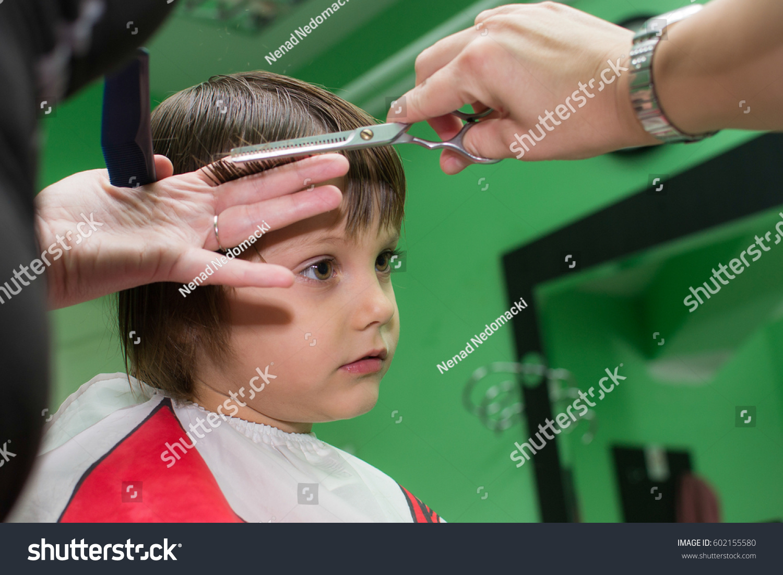 Little Girl Getting Haircut Salon Stock Photo Edit Now 602155580