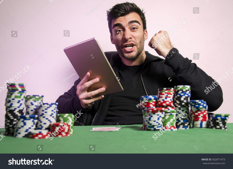 Онлайн покер на планшет старые игровые автоматы играть бесплатно онлайнi