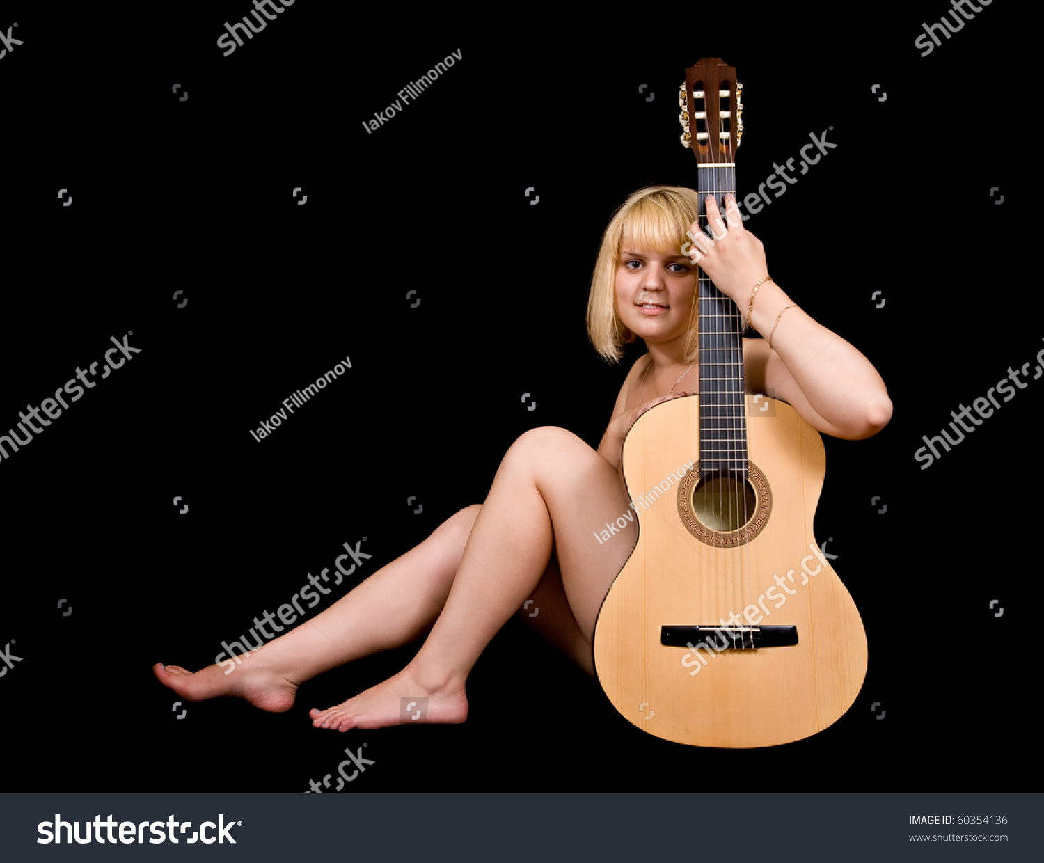 Nude Acoustic 16