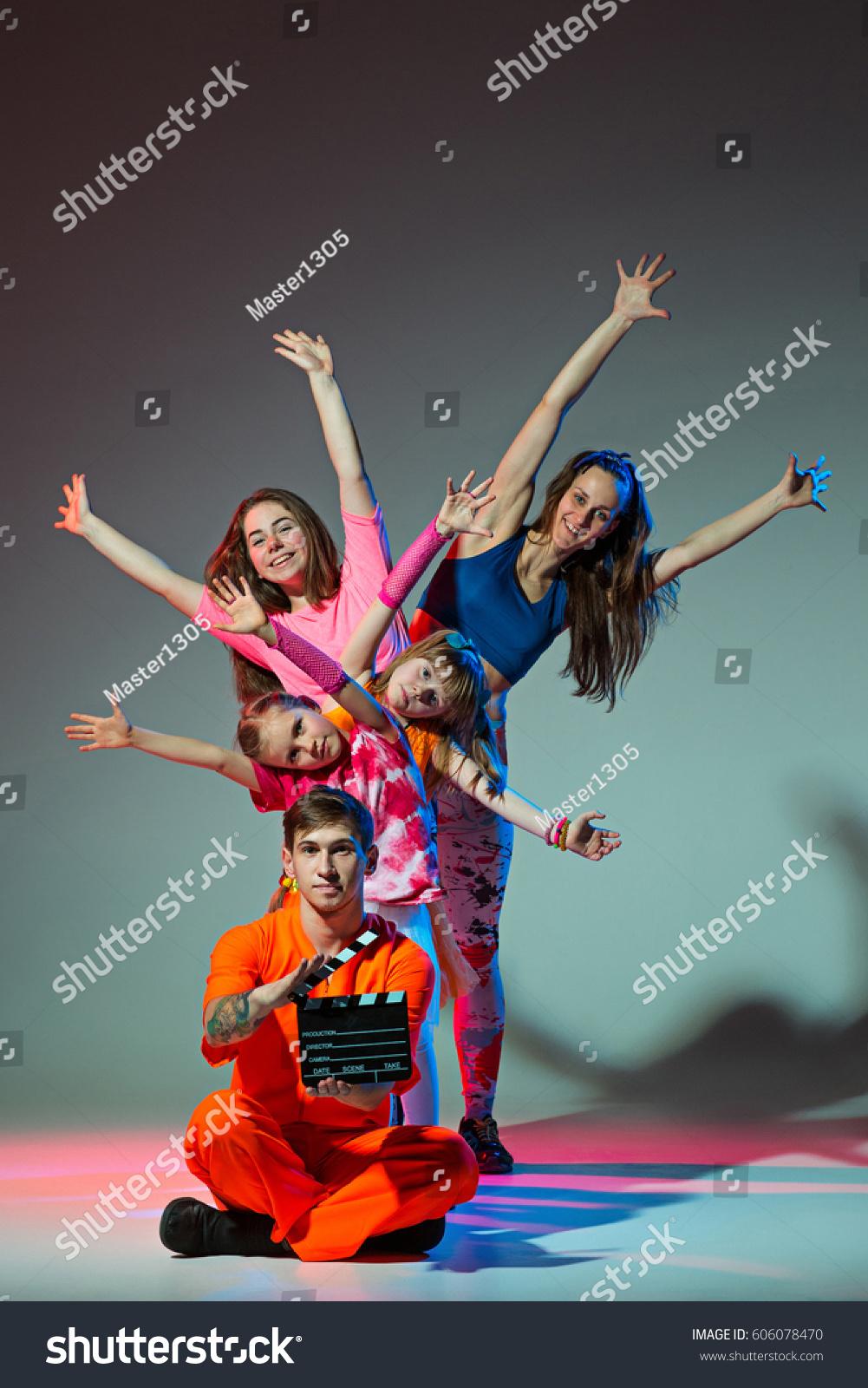 Group Man Woman Teens Dancing Hip Stock Photo 606078470 ...