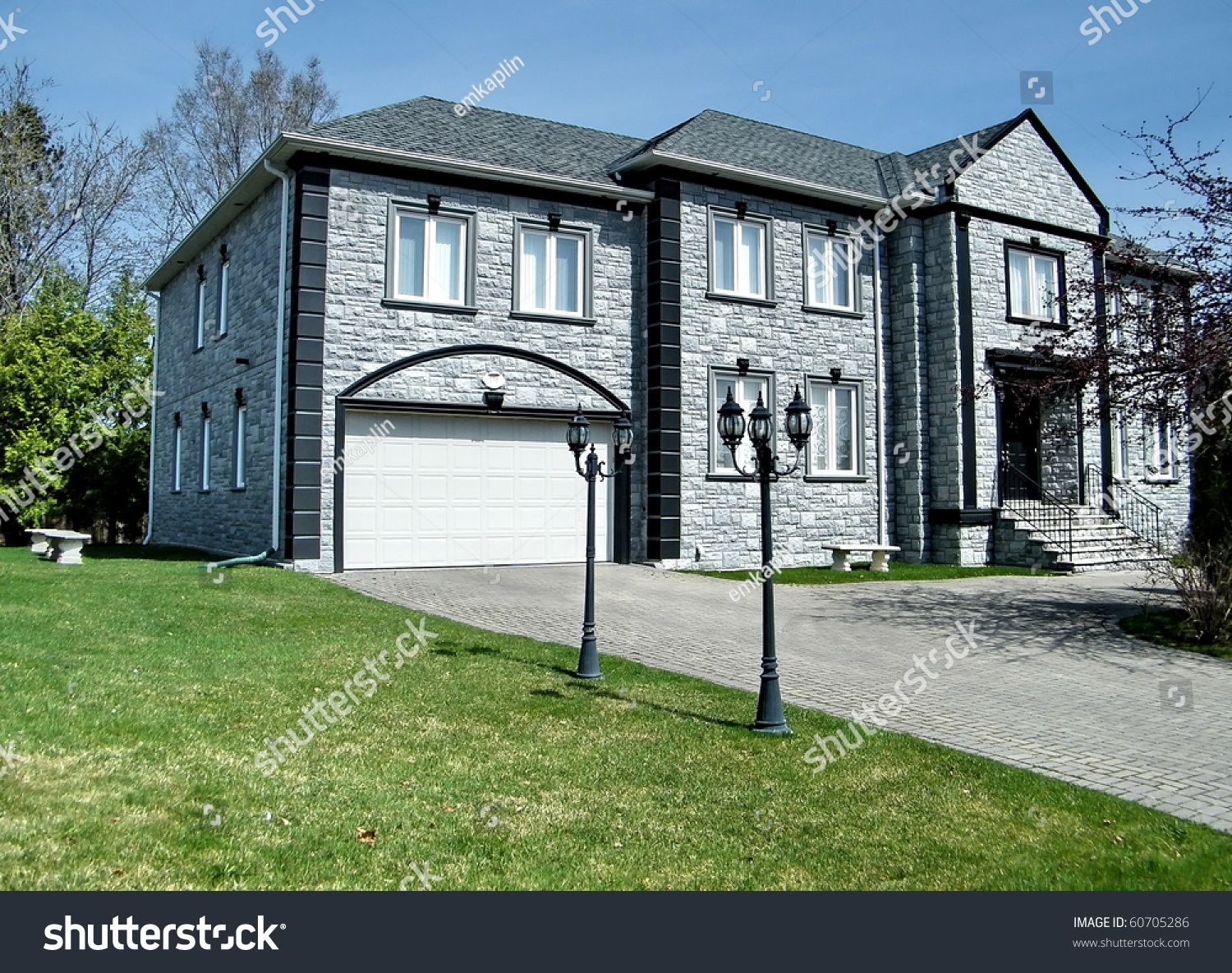 Very nice grey house in thornhill canada stock photo for Nice houses in canada