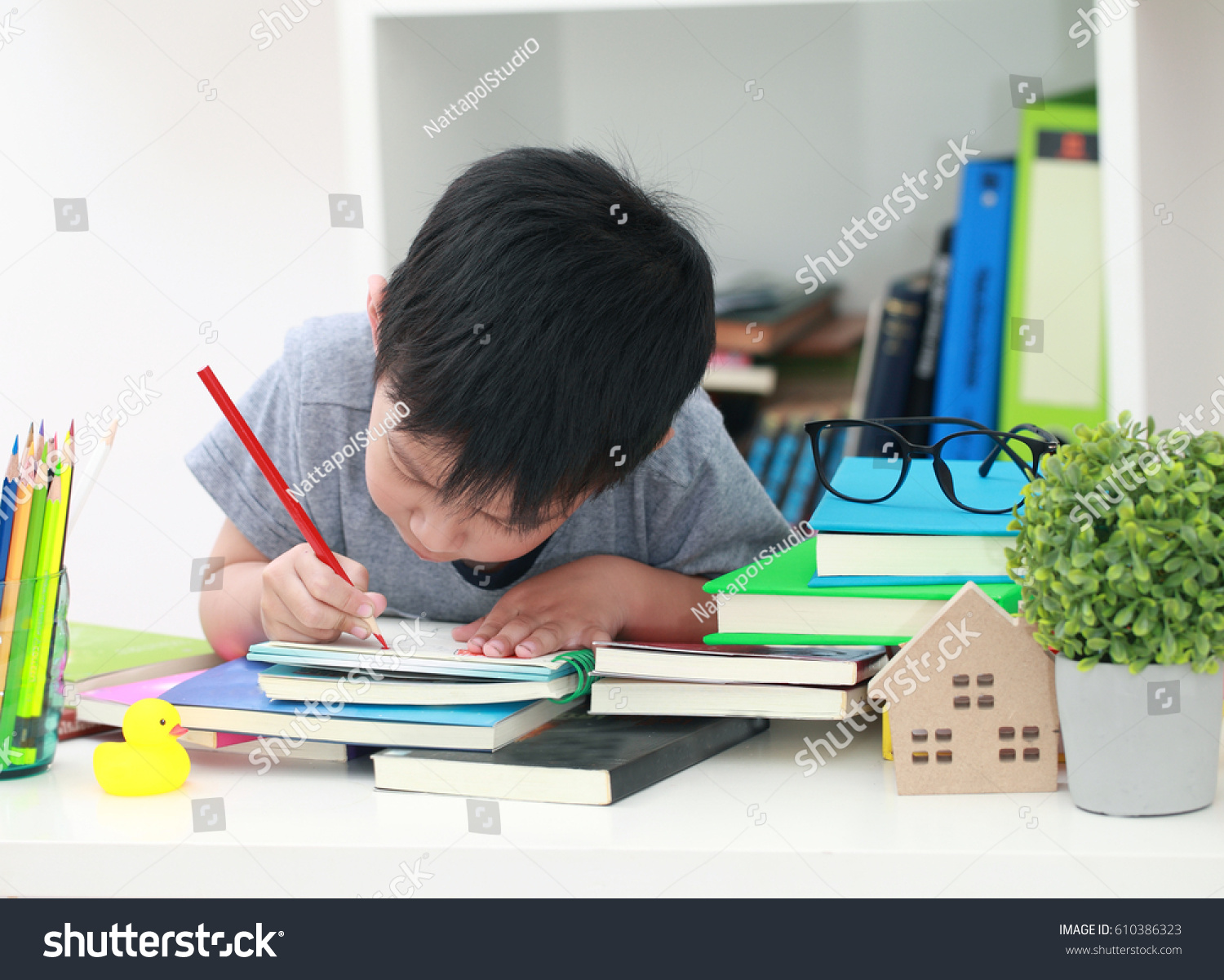 the creative writing doing the homework Once you've done some basic research about the writing homework help you'll   of creative writing assignments—short stories and poems just aren't your thing.