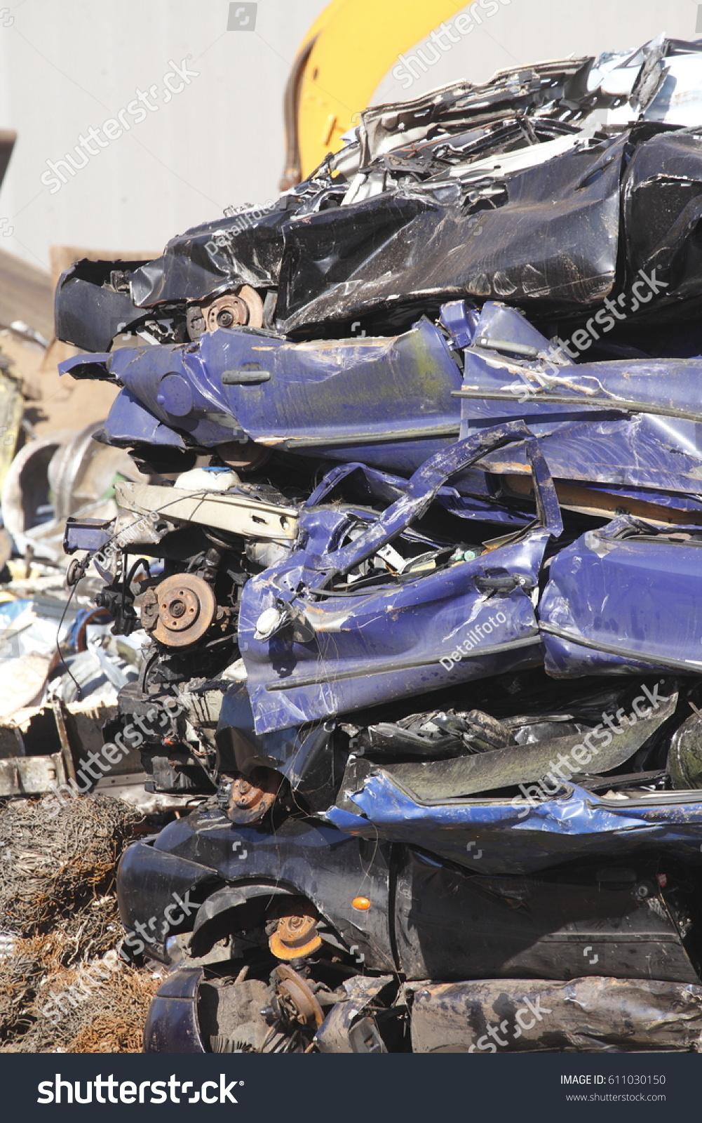 Scrap Metal Cars On Scrap Yard Stock Photo 611030150 - Shutterstock