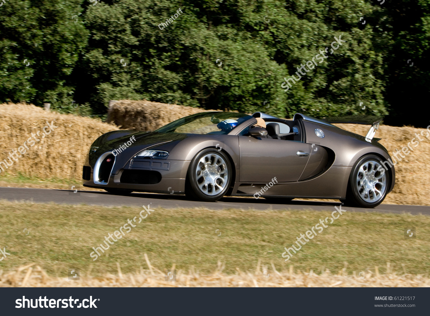goodwood uk july 1 bugatti veyron on track at goodwood festival of speed. Black Bedroom Furniture Sets. Home Design Ideas
