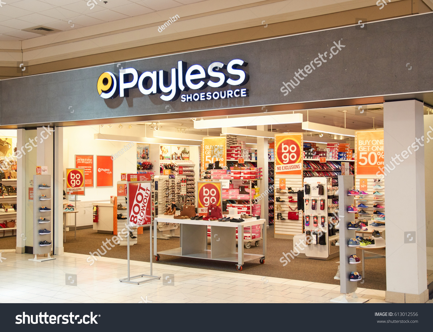 Plattsburgh Usa March 5 2017 Payless Stock Photo Edit Now