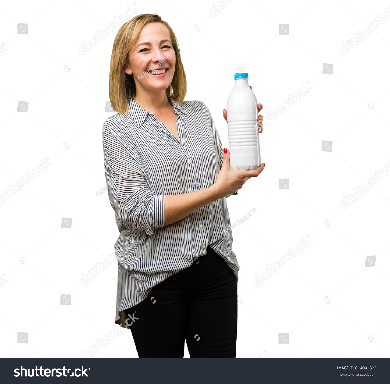 Mature woman it takes milk