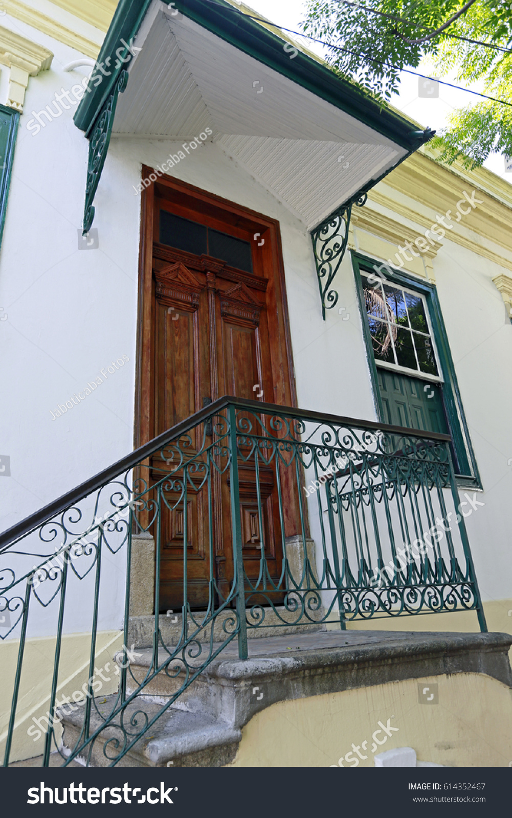 Facade Of Old House In Mosteiro Da Luz, Example Of Colonial Architecture Of  The Eighteenth